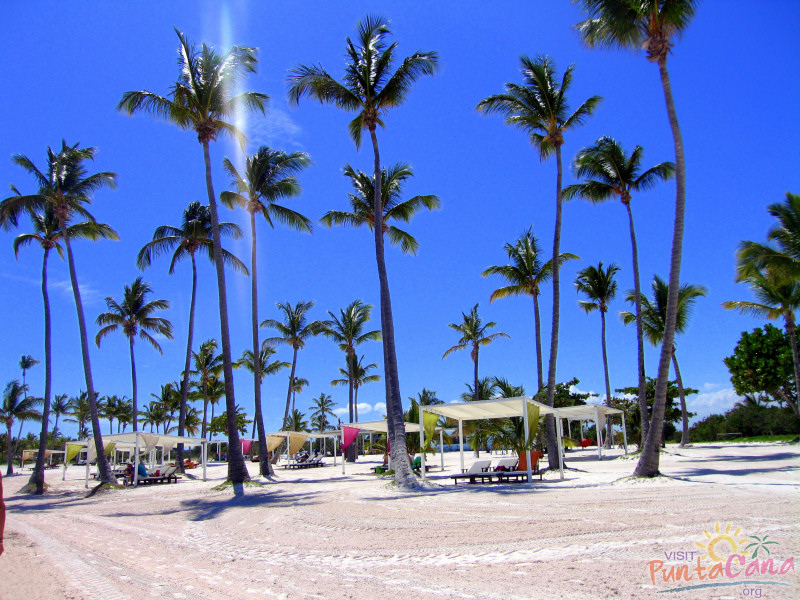 Juanillo Beach Food And Drinks Sponsors Events Such As Volleyball Soccer Cross Fit Bazaars Cultural Weddings Are Famous